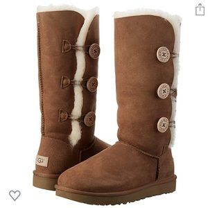 UGG Bailey Button Triplet II Winter Boot (size 9)